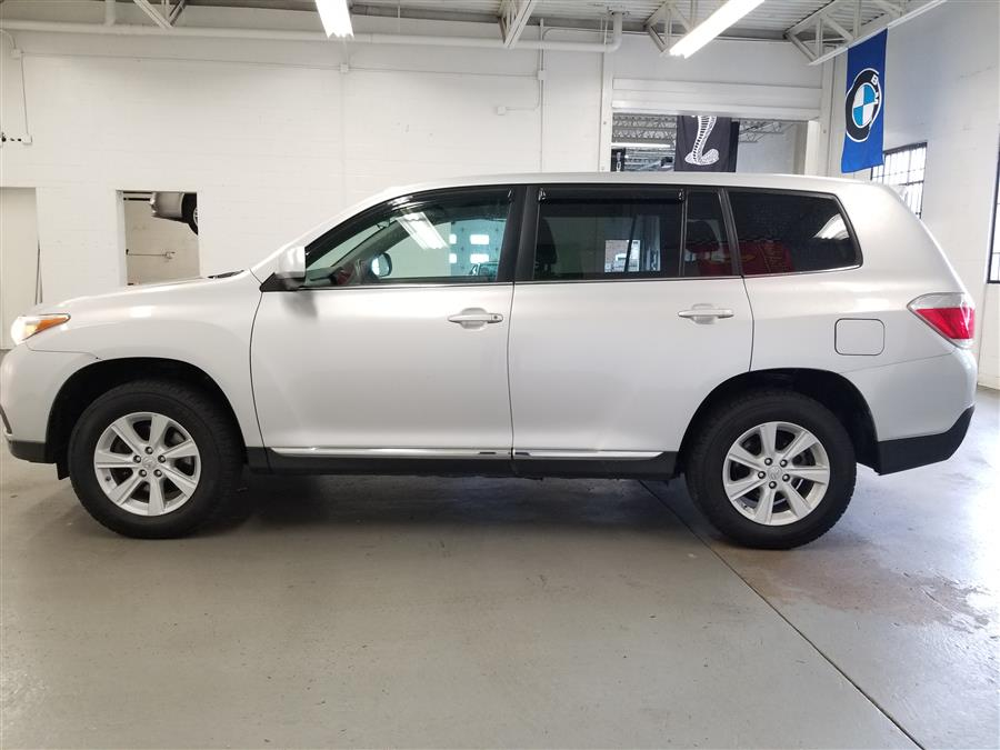 2013 Toyota Highlander SE AWD, available for sale in Bridgeport, Connecticut   CT Auto. Bridgeport, Connecticut