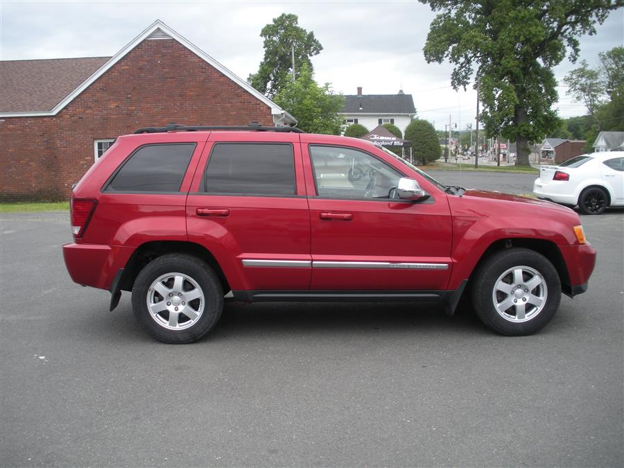 2010 Jeep Grand Cherokee 4WD 4dr Laredo, available for sale in Southwick, Massachusetts | Country Auto Sales. Southwick, Massachusetts