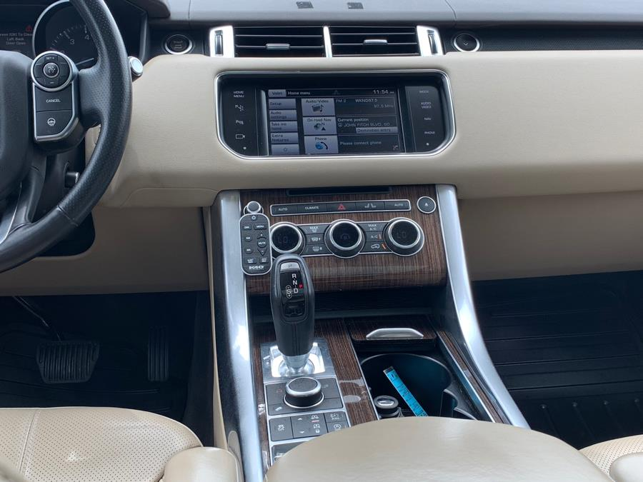 2014 Land Rover Range Rover Sport 4WD 4dr HSE, available for sale in South Windsor, Connecticut | Mike And Tony Auto Sales, Inc. South Windsor, Connecticut