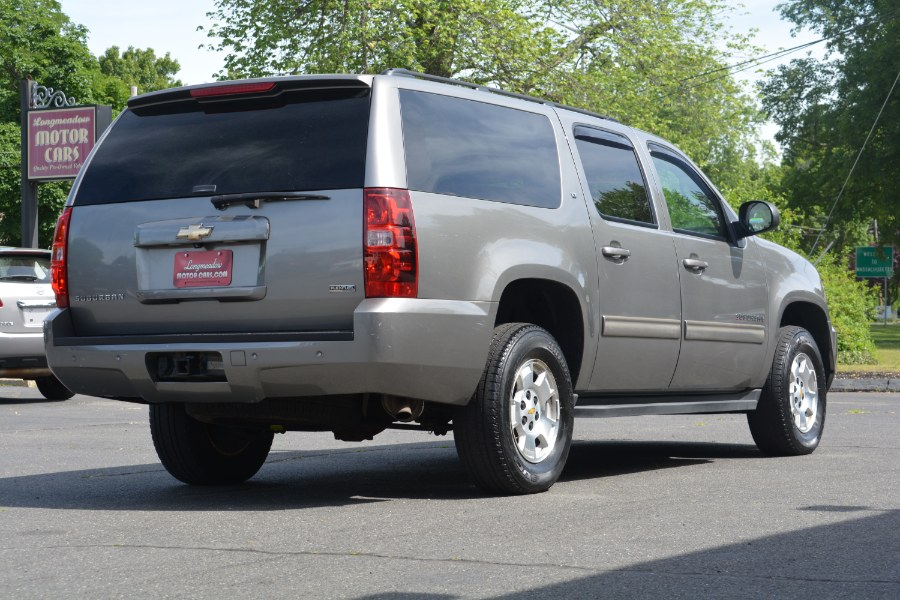 Used Chevrolet Suburban 4WD 4dr 1500 LT w/2LT 2009 | Longmeadow Motor Cars. ENFIELD, Connecticut