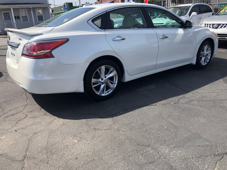 Used 2015 Nissan Altima in Bridgeport, Connecticut | Affordable Motors Inc. Bridgeport, Connecticut