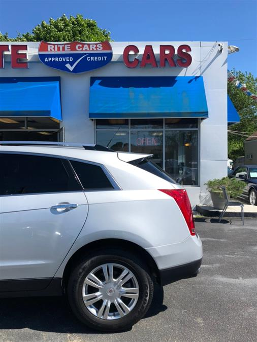 2011 Cadillac SRX FWD 4dr Luxury Collection, available for sale in Lindenhurst, New York | Rite Cars, Inc. Lindenhurst, New York