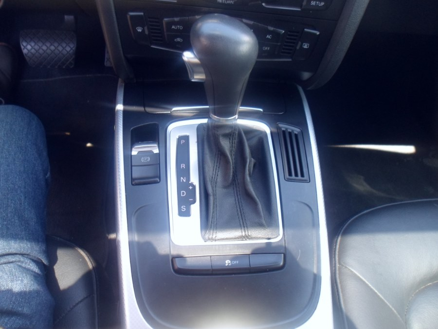 2011 Audi A4 4dr Sdn Auto quattro 2.0T Premium, available for sale in Bridgeport, Connecticut | Hurd Auto Sales. Bridgeport, Connecticut