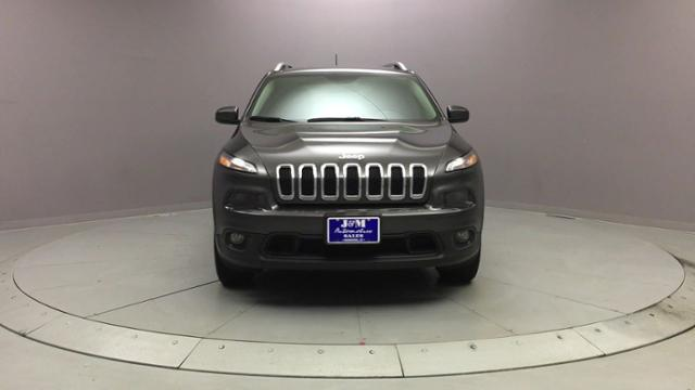 2016 Jeep Cherokee 4WD 4dr Latitude, available for sale in Naugatuck, Connecticut | J&M Automotive Sls&Svc LLC. Naugatuck, Connecticut