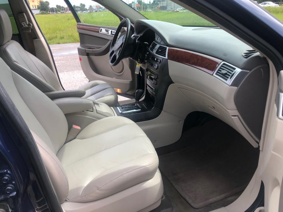 2005 Chrysler Pacifica 4dr Wgn Touring FWD, available for sale in Orlando, Florida   2 Car Pros. Orlando, Florida