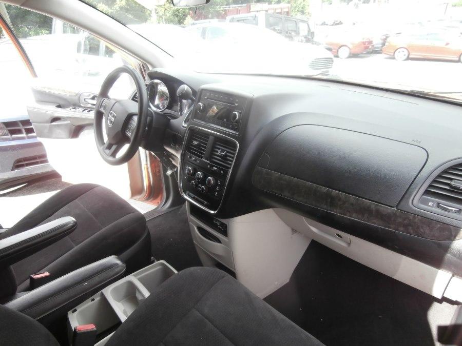 2011 Dodge Grand Caravan 4dr Wgn Mainstreet, available for sale in Waterbury, Connecticut | Jim Juliani Motors. Waterbury, Connecticut