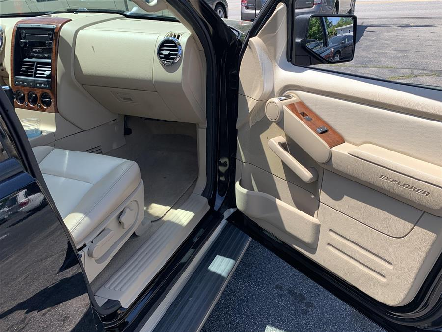 2006 Ford Explorer EDDIE BAUER, available for sale in Manchester, New Hampshire | Second Street Auto Sales Inc. Manchester, New Hampshire