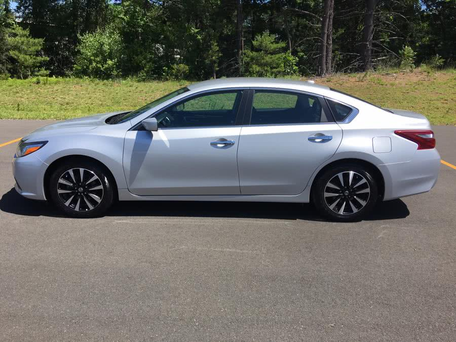 Used 2018 Nissan Altima in Plainville, Connecticut | Farmington Auto Park LLC. Plainville, Connecticut