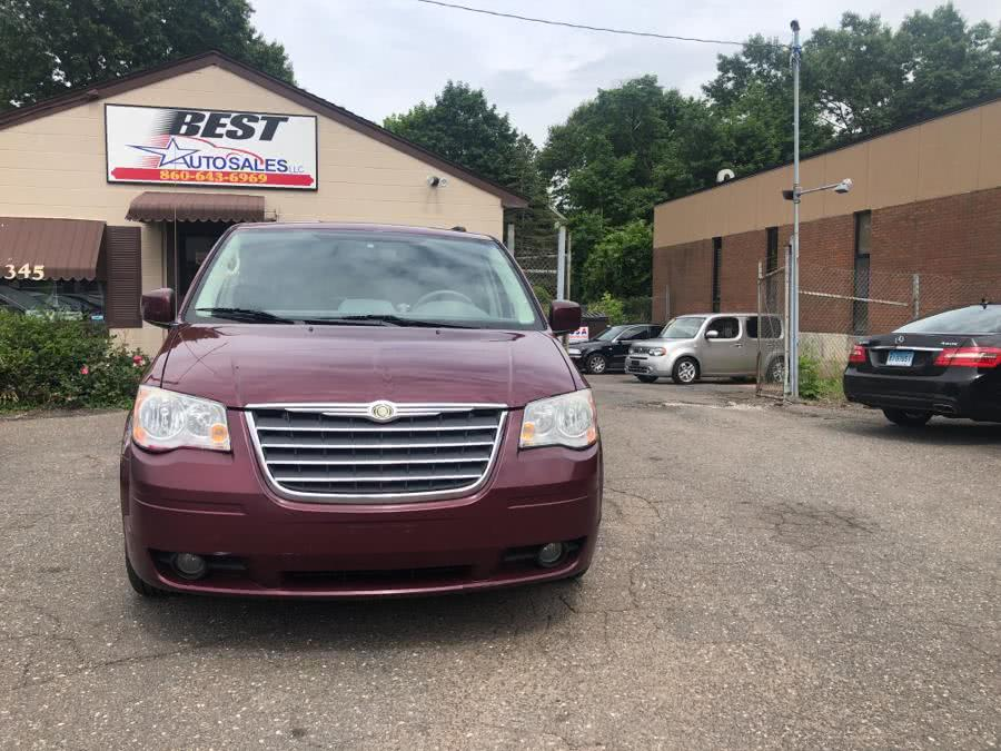 Used 2009 Chrysler Town & Country in Manchester, Connecticut | Best Auto Sales LLC. Manchester, Connecticut