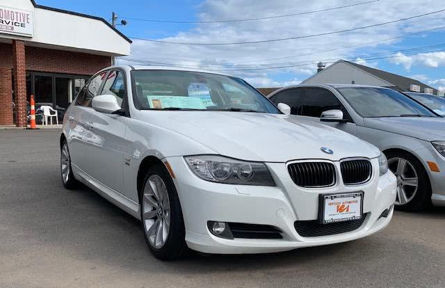 2011 BMW 3 Series 4dr Sdn 328i xDrive AWD SULEV, available for sale in Wallingford, Connecticut | Vertucci Automotive Inc. Wallingford, Connecticut