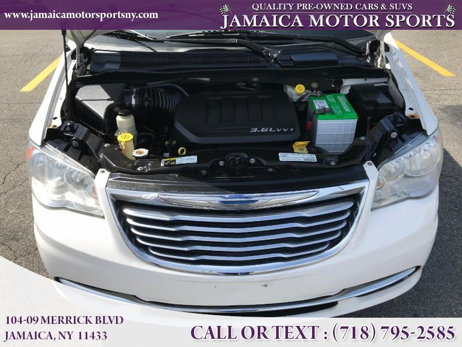 Used Chrysler Town & Country 4dr Wgn Touring 2013 | Jamaica Motor Sports . Jamaica, New York