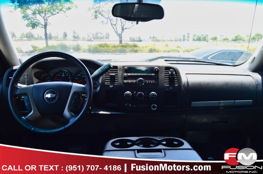 """Used Chevrolet Silverado 1500 2WD Ext Cab 143.5"""" LT 2013   Fusion Motors Inc. Moreno Valley, California"""