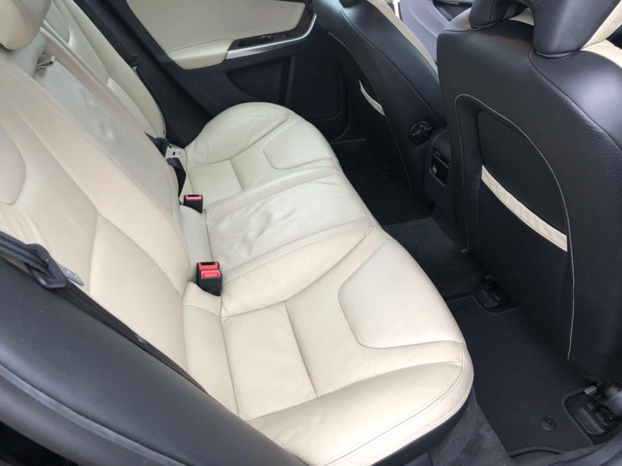 Used Volvo S60 FWD 4dr Sdn T5 w/Moonroof 2012 | Chip's Auto Sales Inc. Milford, Connecticut