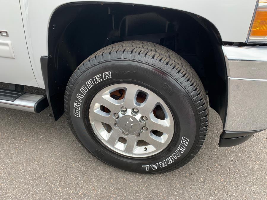2012 Chevrolet Silverado 2500HD 4WD Reg Cab 133.7