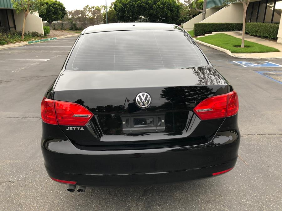 2014 Volkswagen Jetta Sedan 4dr Auto S, available for sale in Lake Forest, California | Carvin OC Inc. Lake Forest, California