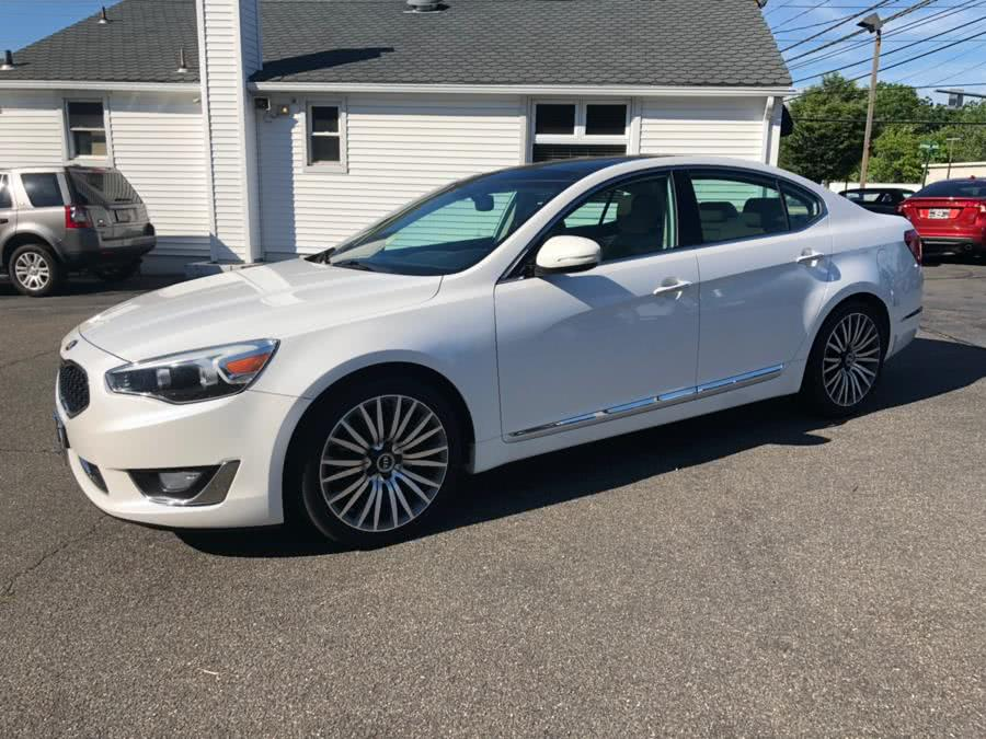 2014 Kia Cadenza 4dr Sdn Premium, available for sale in Milford, Connecticut | Chip's Auto Sales Inc. Milford, Connecticut