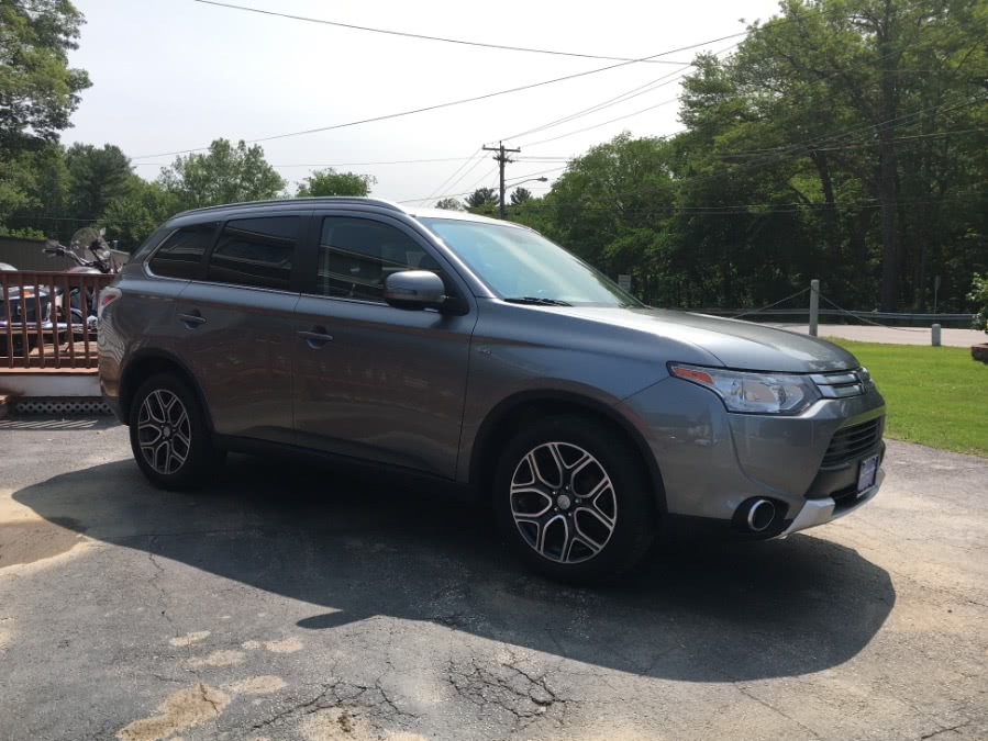 Used 2015 Mitsubishi Outlander in Charlton, Massachusetts | Gary Jackson Motors. Charlton, Massachusetts