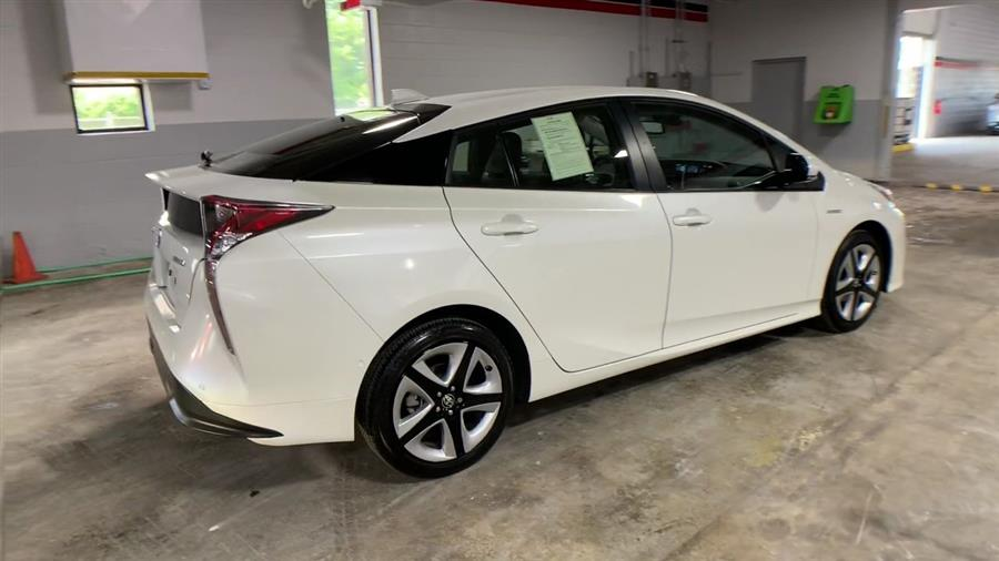 Used Toyota Prius 5dr HB Four (Natl) 2016 | Wiz Leasing Inc. Stratford, Connecticut