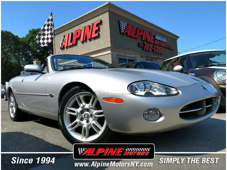 Used 2002 Jaguar XK8 in Wantagh, New York | Alpine Motors Inc. Wantagh, New York