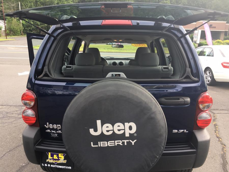 2007 Jeep Liberty 4WD 4dr Sport, available for sale in Plantsville, Connecticut | L&S Automotive LLC. Plantsville, Connecticut
