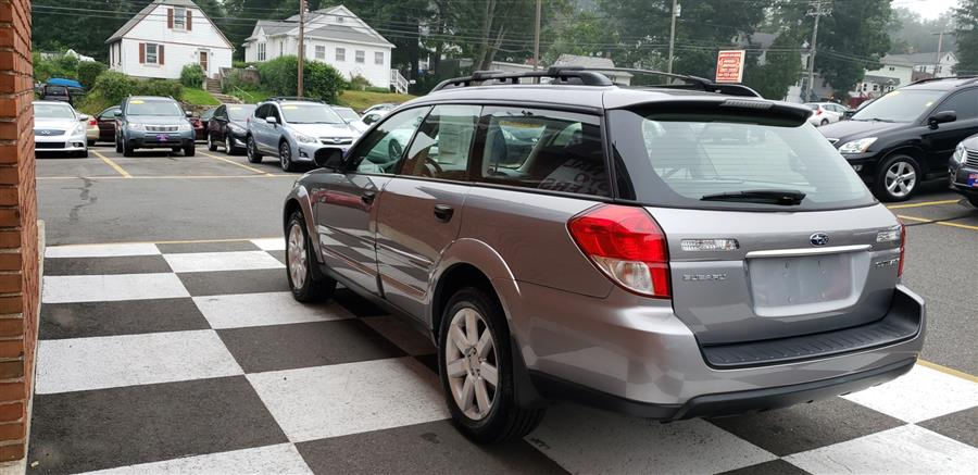 2008 Subaru Outback 4dr Auto 2.5i PZEV, available for sale in Waterbury, Connecticut | National Auto Brokers, Inc.. Waterbury, Connecticut