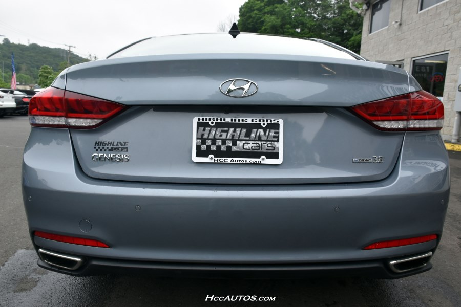 2016 Hyundai Genesis 4dr Sdn V6 3.8L AWD, available for sale in Waterbury, Connecticut | Highline Car Connection. Waterbury, Connecticut