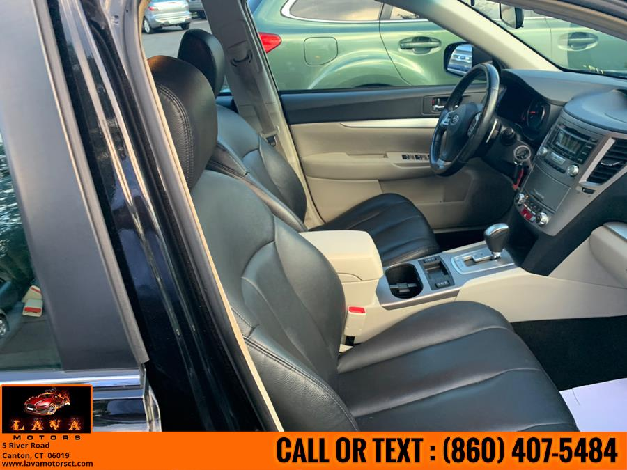 Used Subaru Legacy 4dr Sdn H4 Auto 2.5i Premium 2013 | Lava Motors. Canton, Connecticut