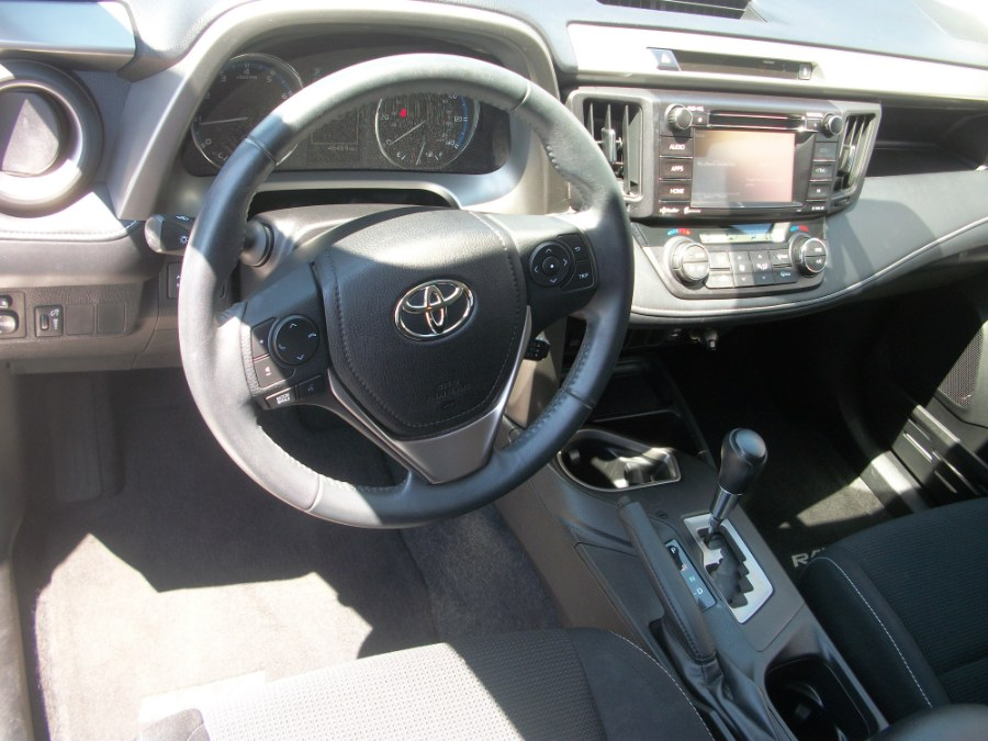 2016 Toyota RAV4 AWD 4dr XLE (Natl), available for sale in Jamaica, New York | Gateway Car Dealer Inc. Jamaica, New York