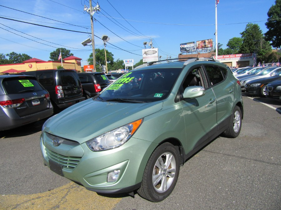 2013 Hyundai Tucson 4dr Auto GLS PZEV, available for sale in Little Ferry, New Jersey | Royalty Auto Sales. Little Ferry, New Jersey