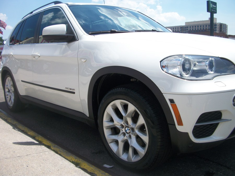 2013 BMW X5 7 Passenger AWD 4dr xDrive35i Premium, available for sale in Jamaica, New York | Gateway Car Dealer Inc. Jamaica, New York