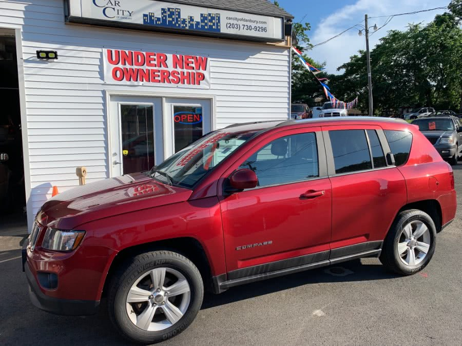 Used 2014 Jeep Compass in Danbury, Connecticut | Car City of Danbury, LLC. Danbury, Connecticut