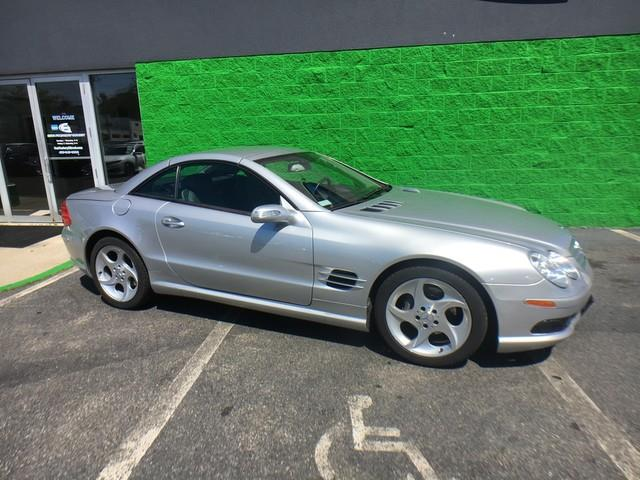 2005 Mercedes-benz Sl-class 5.0L AMG Navigation, available for sale in Milford, Connecticut | Car Factory Direct. Milford, Connecticut