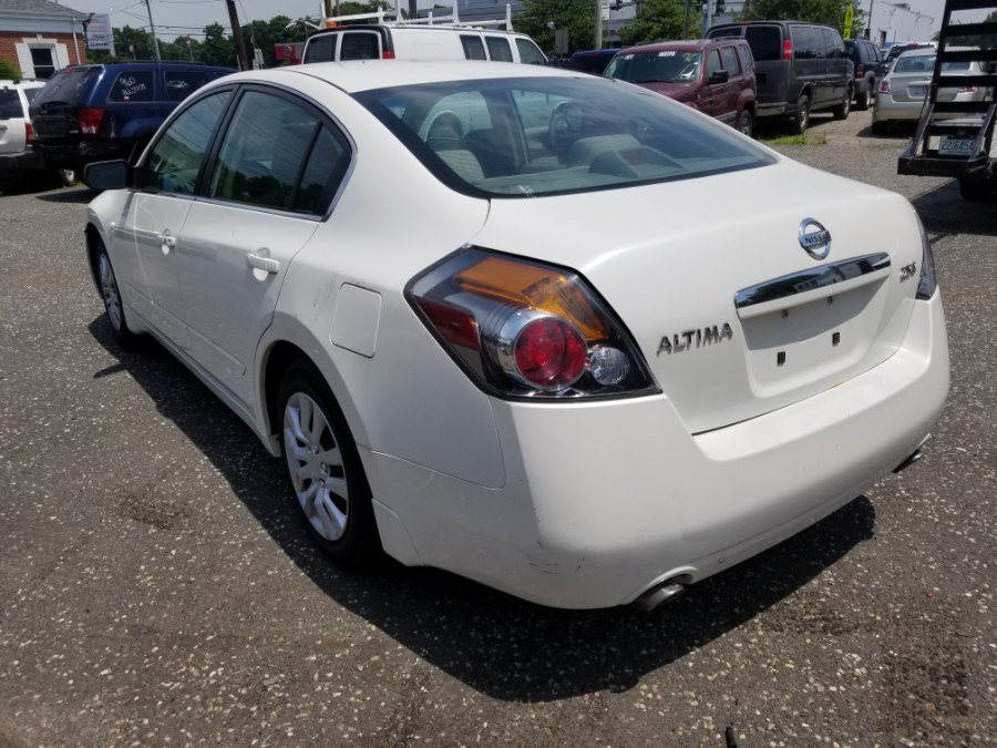 2009 Nissan Altima 4dr Sdn I4 CVT 2.5 SL, available for sale in Patchogue, New York | Romaxx Truxx. Patchogue, New York