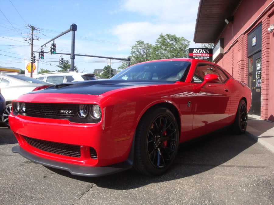 Used 2016 Dodge Challenger in Torrington, Connecticut | Ross Motorcars. Torrington, Connecticut