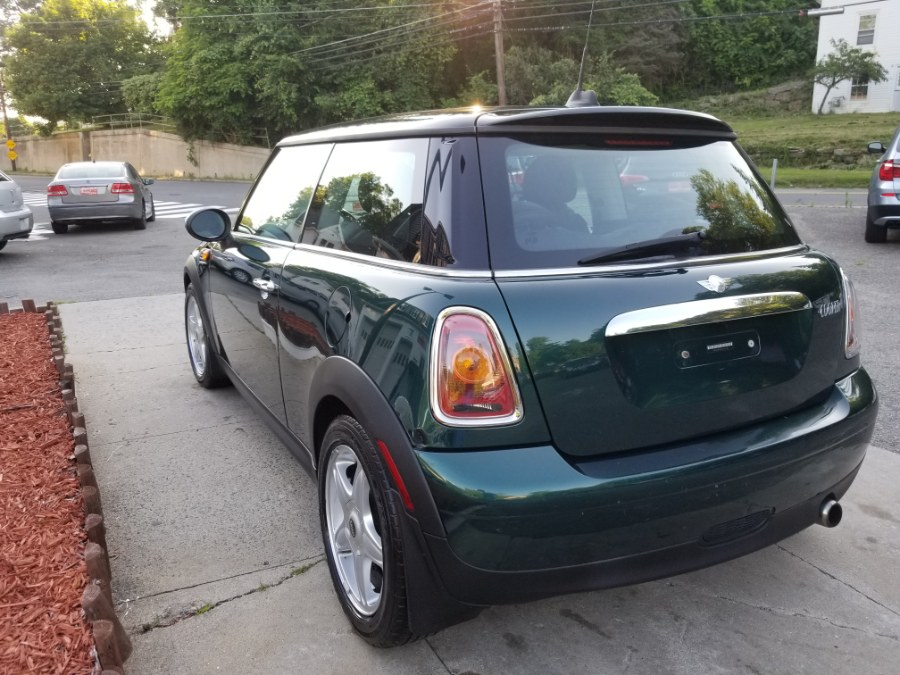 2007 MINI Cooper Hardtop 2dr Cpe, available for sale in Watertown, Connecticut | House of Cars. Watertown, Connecticut