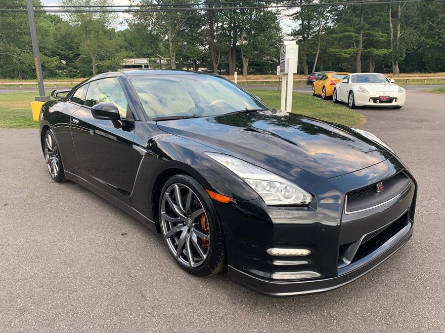 2015 Nissan GT-R 2dr Cpe Premium, available for sale in South Windsor, Connecticut | Mike And Tony Auto Sales, Inc. South Windsor, Connecticut