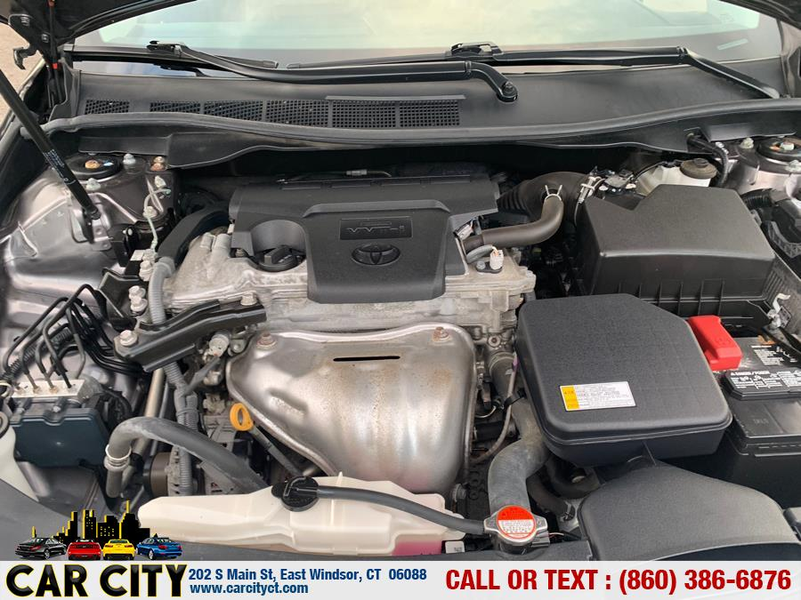2016 Toyota Camry 4dr Sdn I4 Auto XLE (Natl), available for sale in East Windsor, Connecticut | Car City LLC. East Windsor, Connecticut