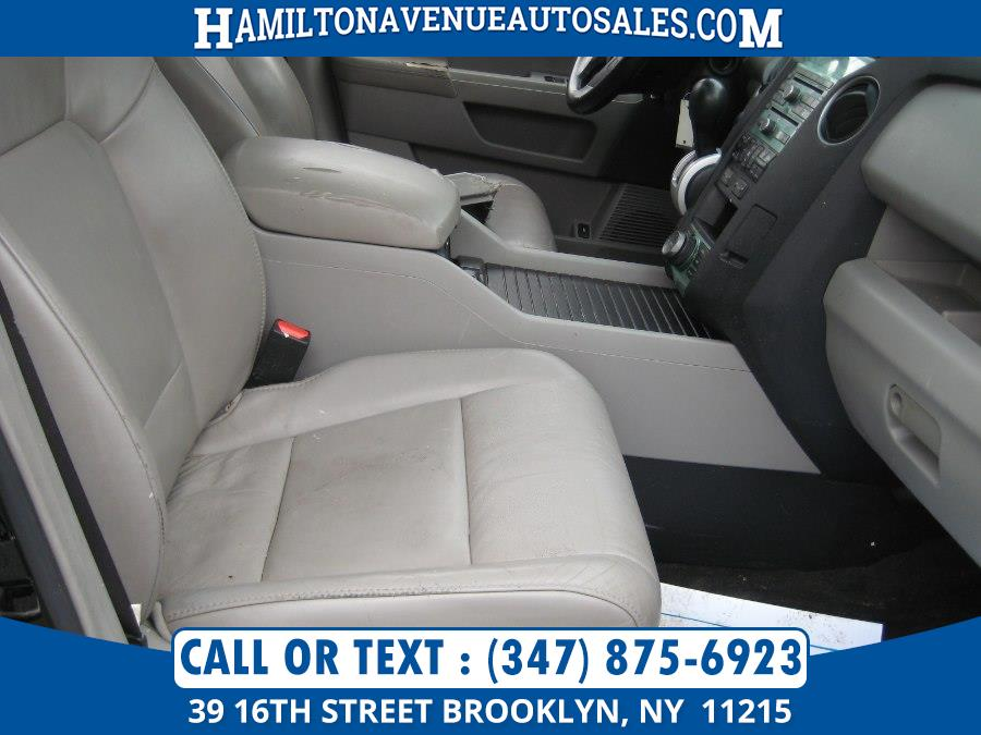 2011 Honda Pilot 4WD 4dr Touring w/RES & Navi, available for sale in Brooklyn, New York | Hamilton Avenue Auto Sales DBA Nyautoauction.com. Brooklyn, New York