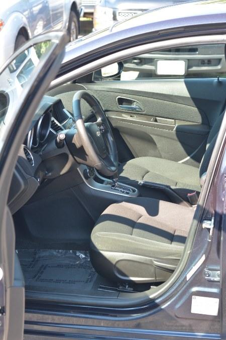 Used Chevrolet Cruze Limited 4dr Sdn Auto LT w/1LT 2016 | New Beginning Auto Service Inc . Ashland , Massachusetts