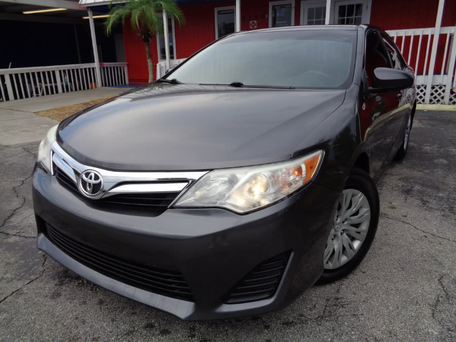 Used Toyota Camry 4dr Sdn I4 Auto LE (Natl) *Ltd Avail* 2014 | Rahib Motors. Orlando, Florida