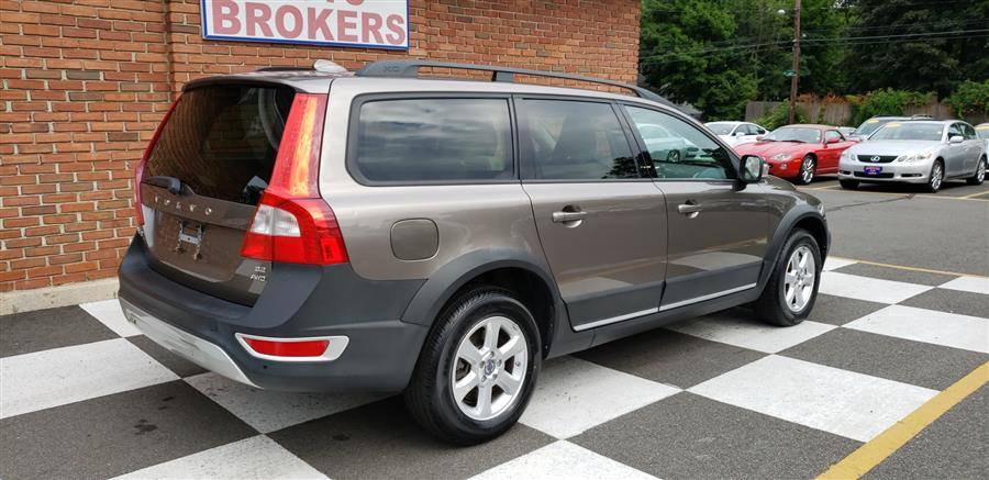 Used Volvo XC70 4dr Wgn 3.2L w/Sunroof 2009 | National Auto Brokers, Inc.. Waterbury, Connecticut