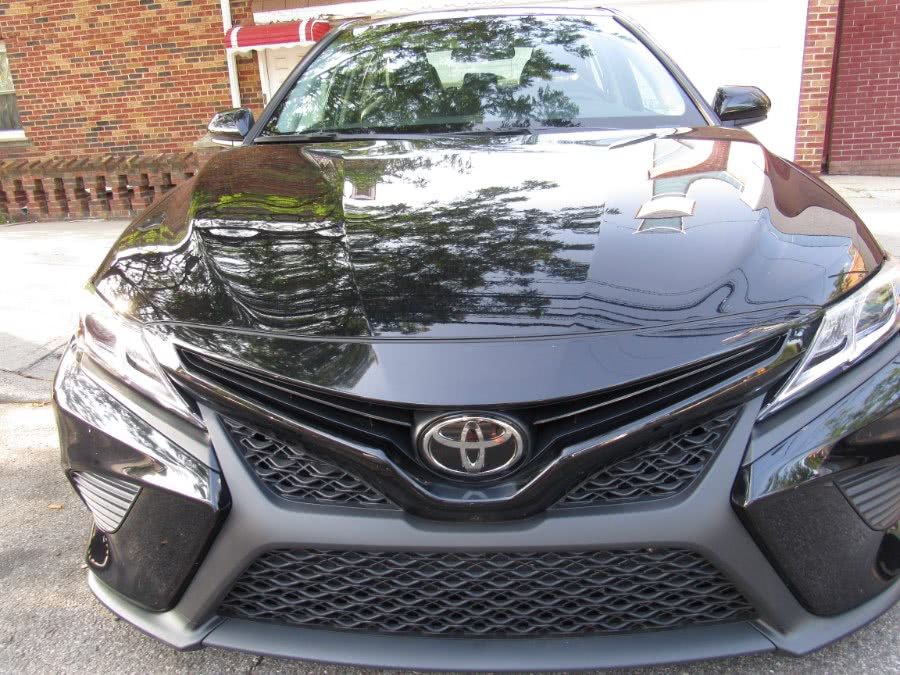 Used 2018 Toyota Camry in Levittown, Pennsylvania | Deals on Wheels International Auto. Levittown, Pennsylvania