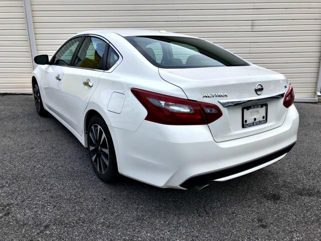 2018 Nissan Altima 2.5 SL, available for sale in Forestville, Maryland | Valentine Motor Company. Forestville, Maryland