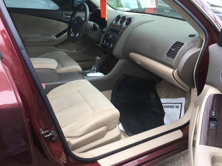 2010 Nissan Altima 4dr Sdn I4 CVT 2.5 SL, available for sale in Corona, New York | Raymonds Cars Inc. Corona, New York