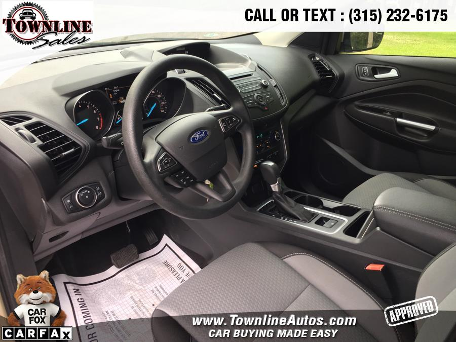 2017 Ford Escape SE 4WD, available for sale in Wolcott, New York | Townline Sales LLC. Wolcott, New York