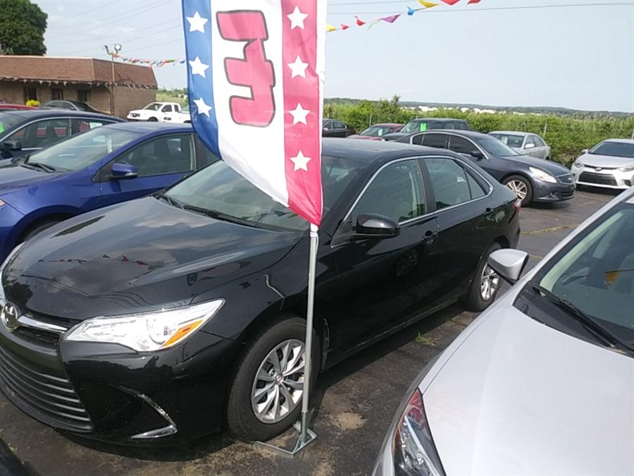 2017 Toyota Camry LE Automatic (Natl), available for sale in Hamden, Connecticut | 5M Motor Corp. Hamden, Connecticut