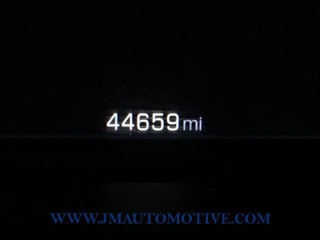 2015 Chevrolet Silverado 1500 4WD Crew Cab 143.5 LT w/1LT, available for sale in Naugatuck, Connecticut | J&M Automotive Sls&Svc LLC. Naugatuck, Connecticut