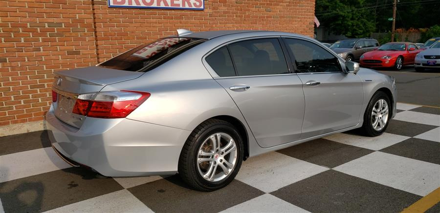 2014 Honda Accord Hybrid 4dr Sdn EX-L, available for sale in Waterbury, Connecticut | National Auto Brokers, Inc.. Waterbury, Connecticut