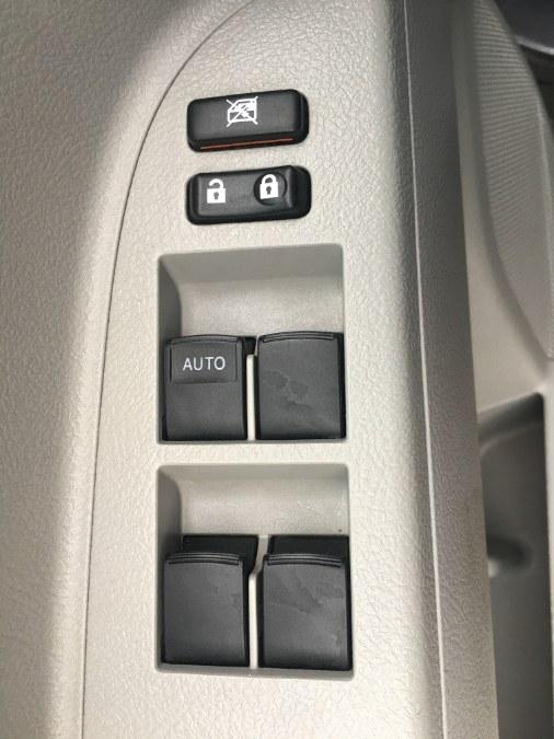 Used Toyota Highlander 4WD 4dr V6 (Natl) 2012 | Bristol Auto Center LLC. Bristol, Connecticut