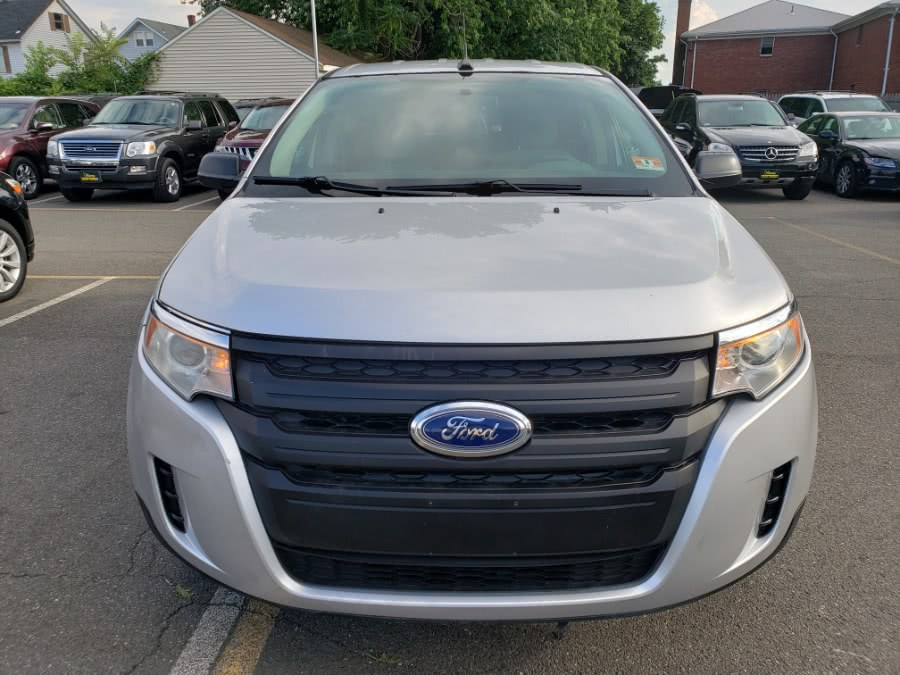 Used Ford Edge 4dr SE FWD 2013 | Victoria Preowned Autos Inc. Little Ferry, New Jersey
